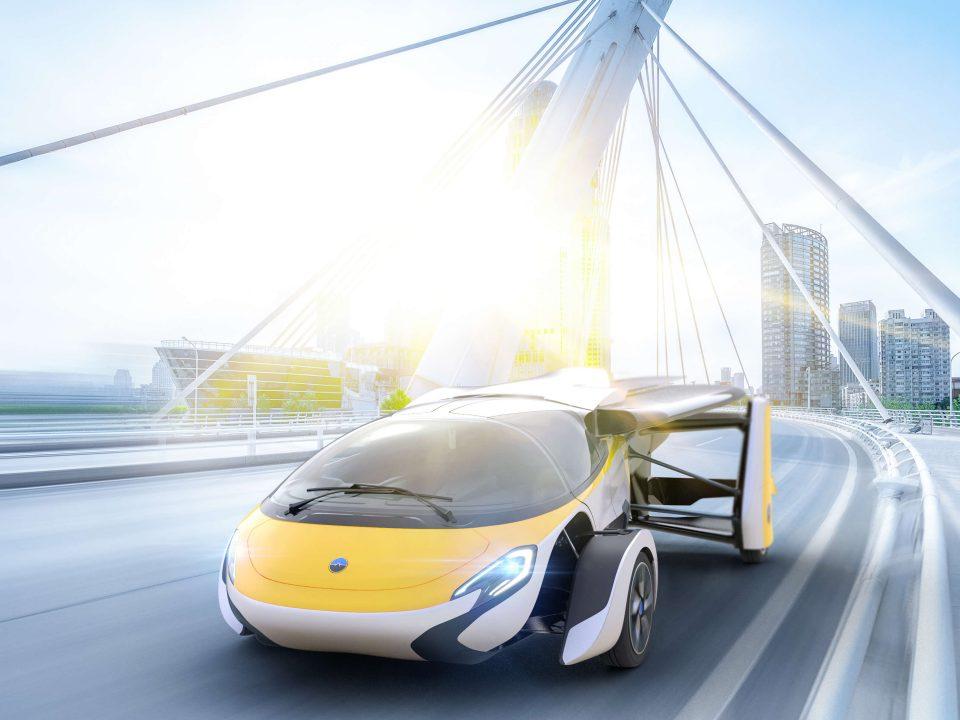 المستقبل المحتوم للسيارات وخدمة ليموزين المطار