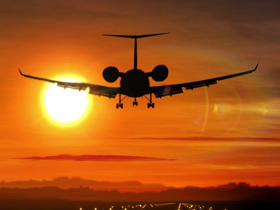 أفضل خدمة ليموزين مطار برج العرب من الاسكندرية لخدمات الليموزين